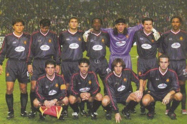 20 años del histórico triunfo del RCD Mallorca en el Amsterdam Arena