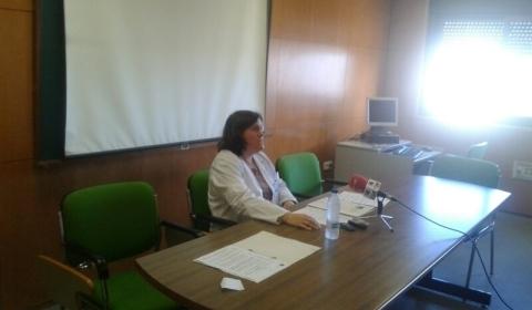 Inician una campaña de firmas a favor de las matronas de Formentera