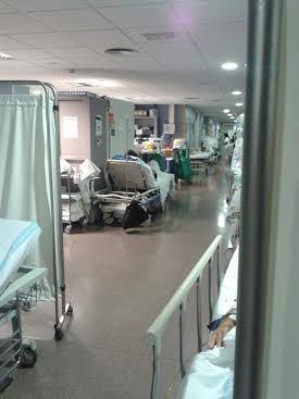 Una de las personas aisladas en el Hospital de Son Espases da positivo en coronavirus (Foto: Archivo)