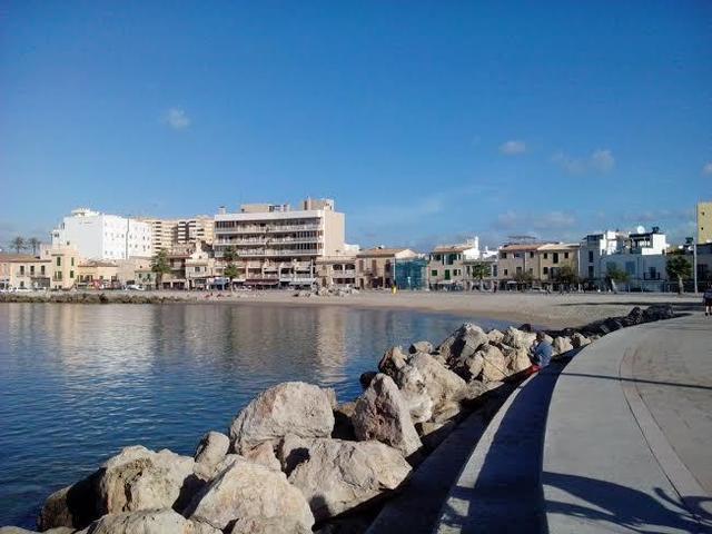 39 bandera negra 39 para la playa de ciudad jard n y el puerto for Playa ciudad jardin