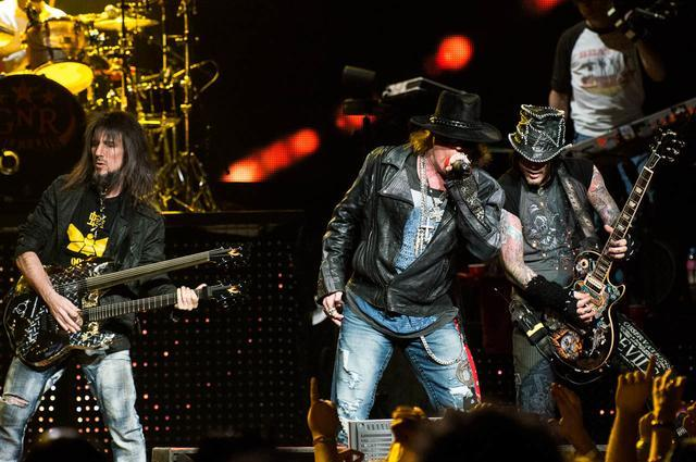 Guns N' Roses live at Allphones Arena, Sydney. (Photo: Ashley Mar/Triple M)
