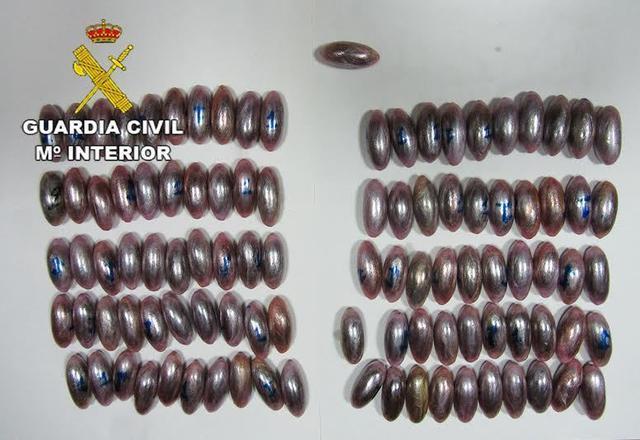 El hachís y la vaselina incautados (Foto: CNP)