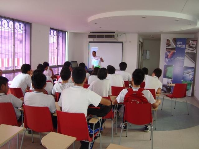 estudiantes_ieti_clase