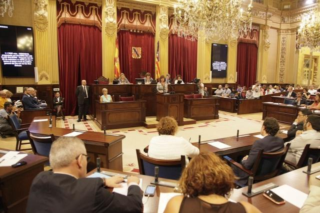 parlament-consell-armengol-2