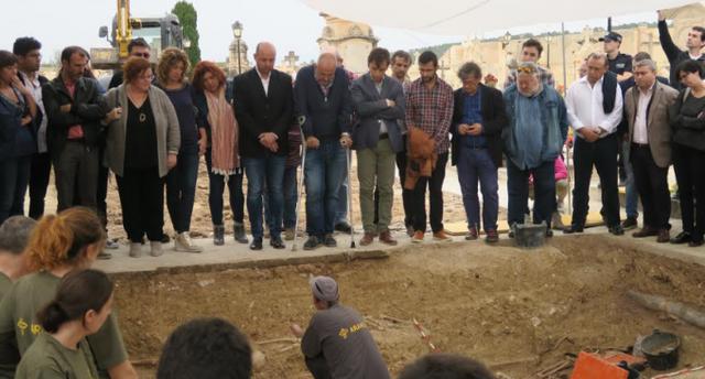 La exhumación de la fosa común de Porreres recupera 55 cuerpos