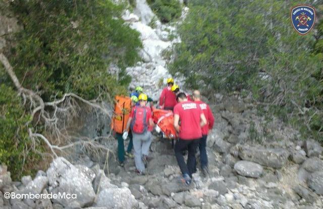 Momento del rescate (Foto: Guardia Civil)