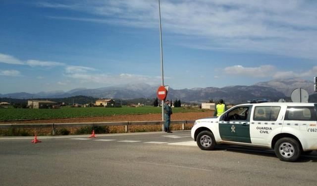 control guardia civil inca