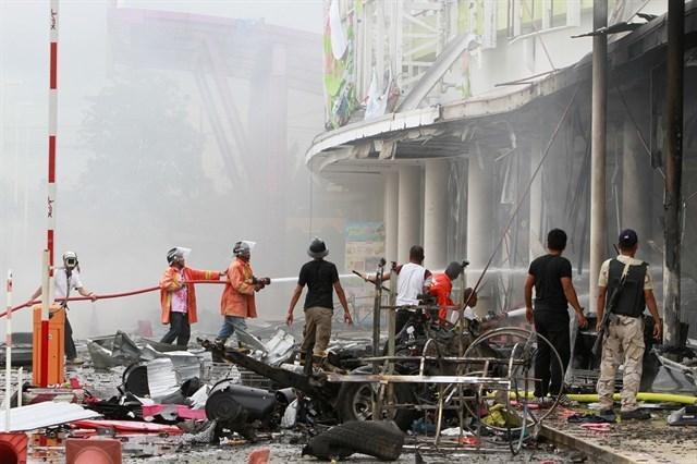 090517 atendado bomba supermercado tailandia 2