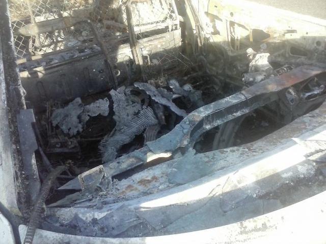 140517 coche quemado ctra sineu 5