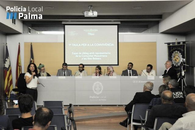 091017 primera mesa para la convivencia musulmanes sociedad