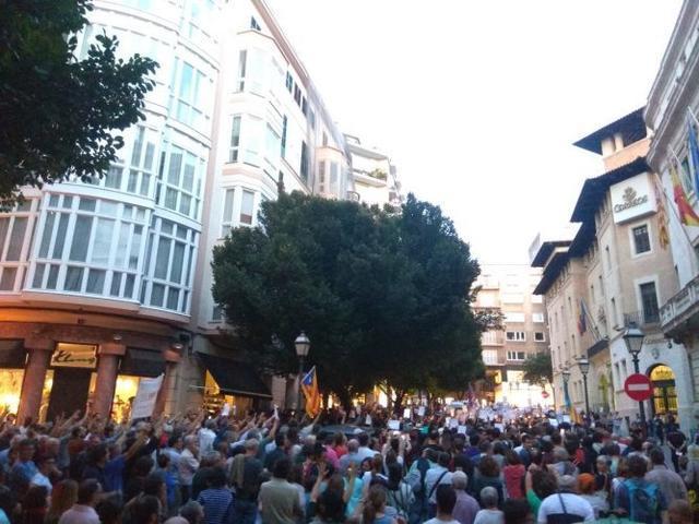171017 manifestacion silenciosa 'llibertat jordis'