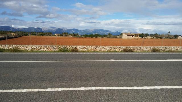 Uno de los puntos de la carretera de Sineu, la más afectada por cortes y desviaciones en las obras del tramo segundo de la Vía Conectora ( Foto: Archivo)