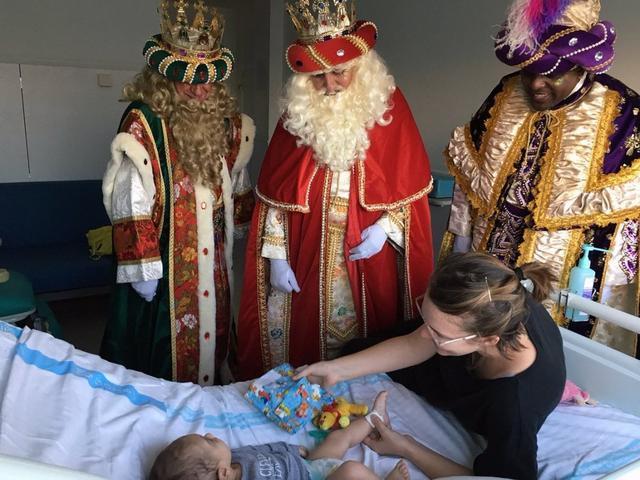 los reyes en los hospitales de baleares