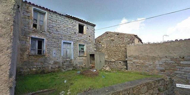 casas que se han puesto a la venta por un euro en el pueblo italiano de ollolai