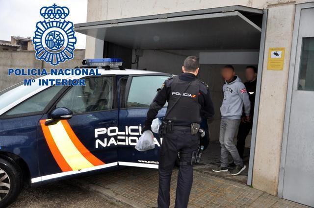 detenidos por robar en un ultramarinos de Manacor