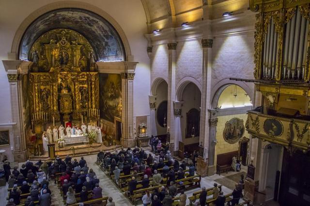 Misa en la iglesia de Sant Miquel