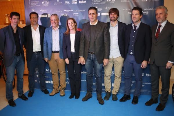 Miguel Indurain y Teresa Thabel embajadores de la six en el Palma Arena