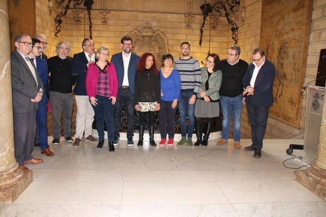 El alcalde de Palma, Antoni Noguera, tras presentar la nueva normativa sobre terrazas acompañado de los sectores implicados y de Aurora Jhardi