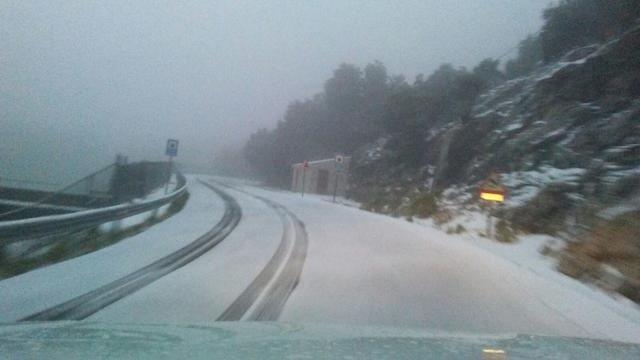 carretera de la tramuntana con nieve 4