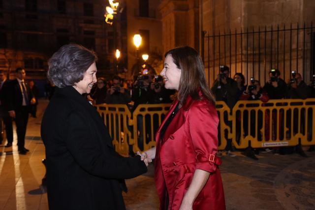Francina Armengol saluda Reina Sofia Catedral La Seu