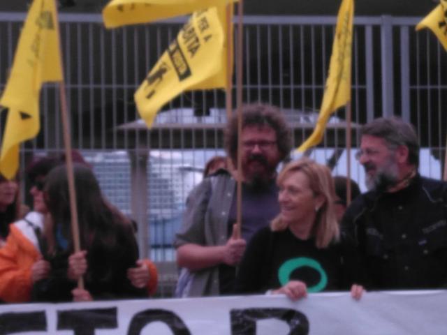 Sandy Hemingway encabezando la concentración
