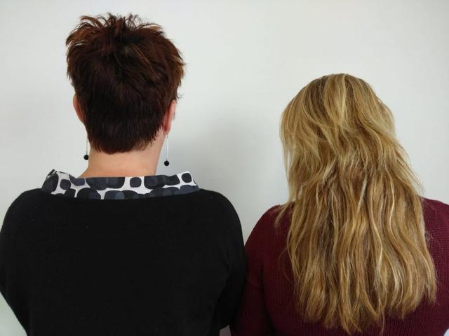 Mujeres de espalda