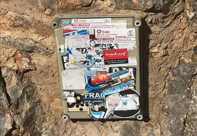 Pintades Grafittis Escorca caja electricidad (2)