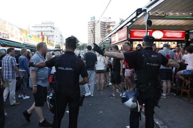 Policia redada inmigrantes 3