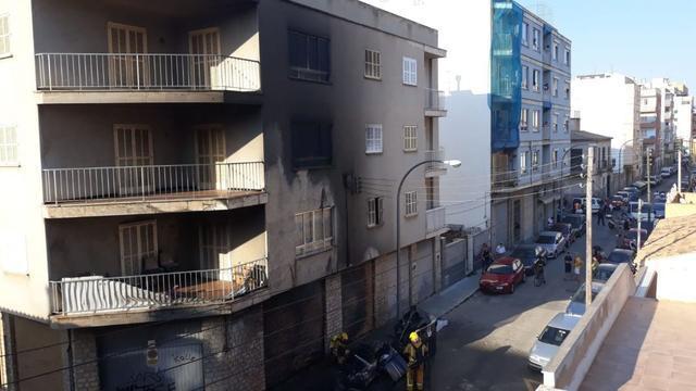 Incendio en contenedores en Palma 3