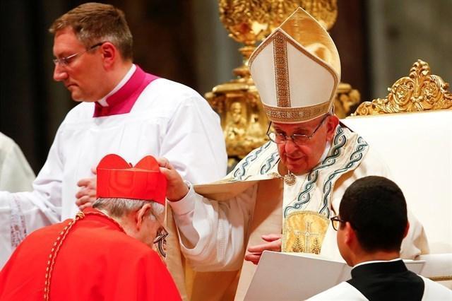 Lluis Ladaria ya es cardenal