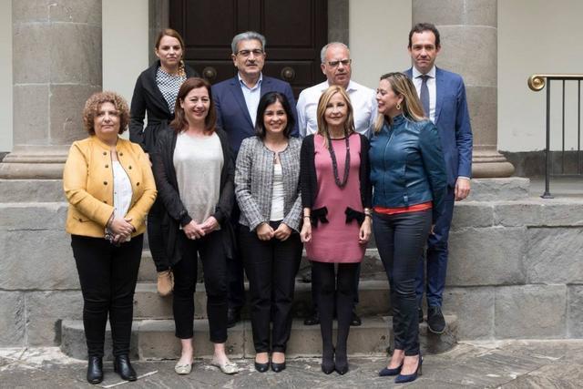 Armengol en Canarias con Nueva Canaria