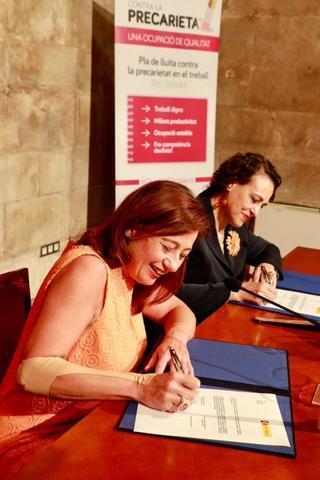 Francina Armengol y la ministra Magdalena Valerio
