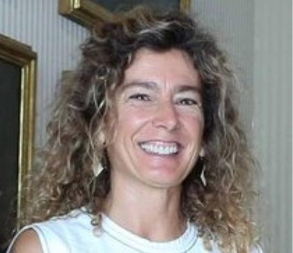 Foto con medidas para incluir en el texto de una entrevista de Gloria Ferrer, presidenta de la FAPA Mallorca