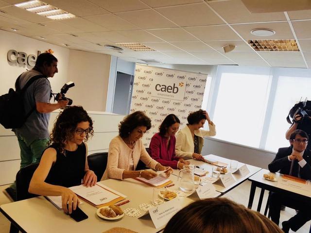La ministra con Carmen Planas, la secretaria de Estado de Turismo y la Delegada del Gobierno en Baleares