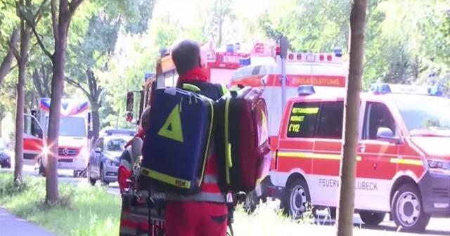 Las ambulancias han acudido a auxiliar a los heridos