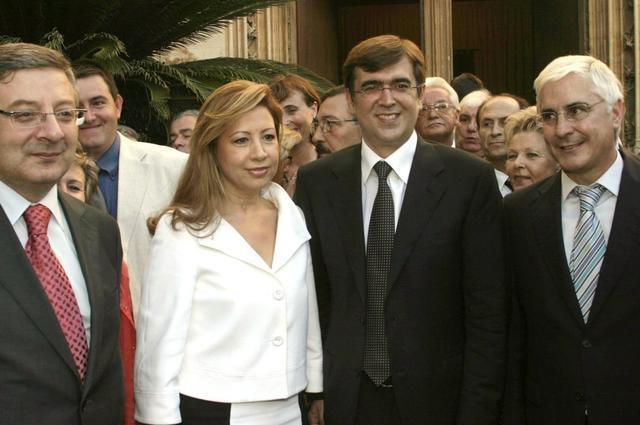 El entonces ministro socialista José Blanco, Munar, Antich y el presidente de Castilla-La Mancha, José María Barreda (Archivo)