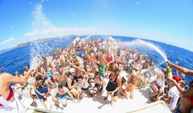 Imagen de una boatparty en Mallorca