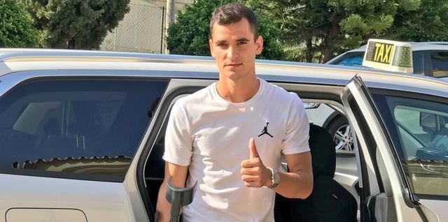 Buenacasa será operado el jueves de su lesión en el quinto metatarsiano (Foto: Twitter RCDM)