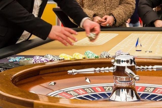 Media hora antes de producirse la agresión, perdió 1.000 euros en la ruleta (Foto: Archivo)
