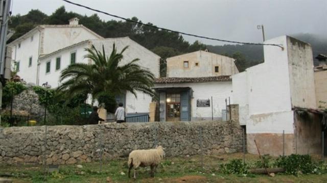 En esta finca de Alaró, robaron unos 50.000 euros de una caja fuerte a dos octogenarias (Foto: Guardia Civil)