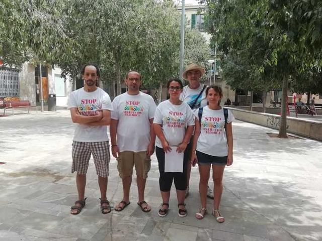 Miembros Stop Desahucios (Foto: Stop Desahucios Malorca)