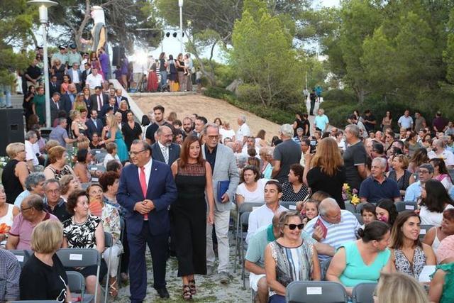 El alcalde de Calvià y la presidenta Armengol a su llegada (Foto: Twitter)