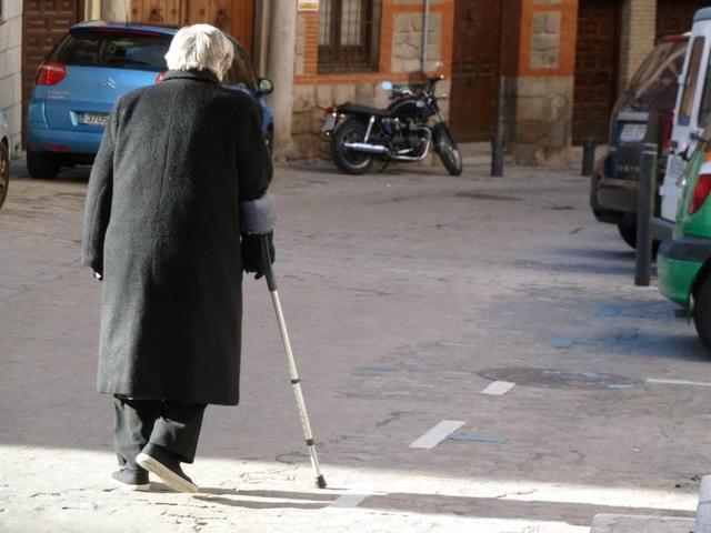 Los pensionistas de Balears cuentan con una renta media de 885 euros mensuales (Foto: Europa Press)