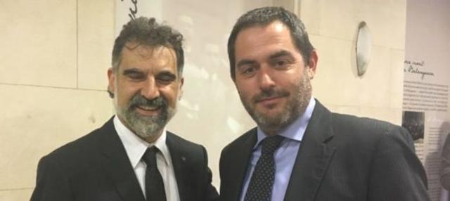 Josep de Luis, presidente de la OCB, con Jordi Cuixart, presidente de la independentista Omnium y en prisión