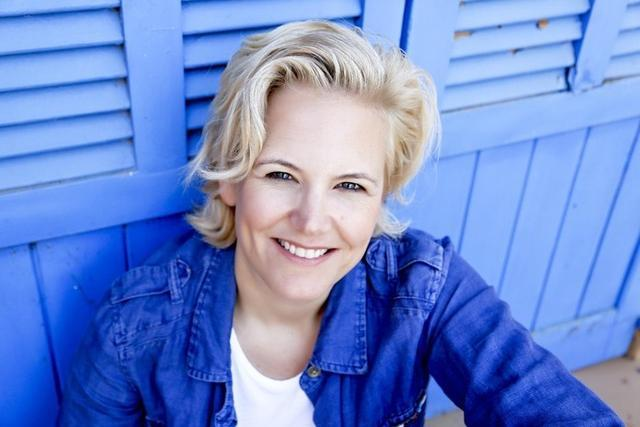 Kristin Hansen, alta matter de ELLA