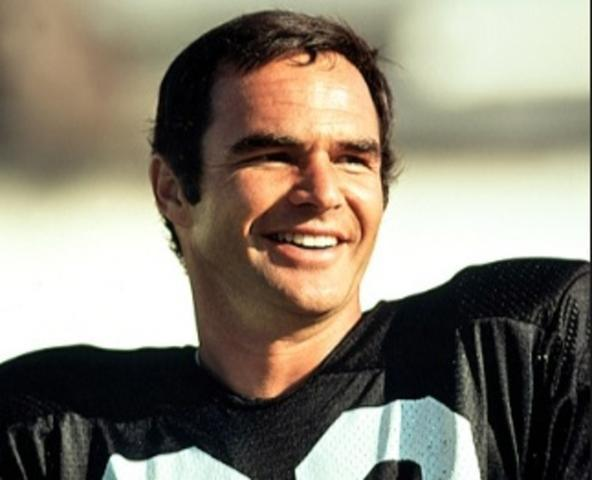 Burt Reynolds cuando era un prometedor jugador de rugby
