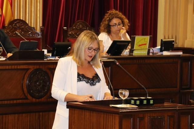 La diputada popular Tania Marí (Foto: Twitter Parlament Balear)