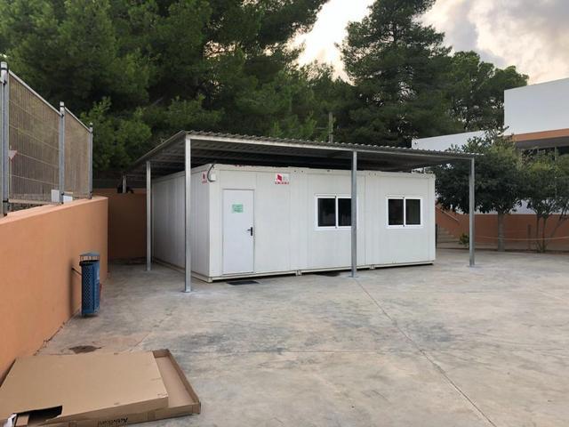 Aula modular en un centro escolar de Baleares (Foto: Archivo)