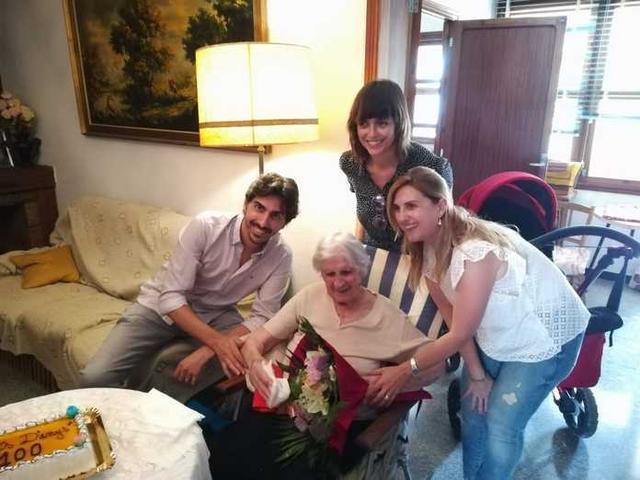 Un centenar de cumpleaños (Foto: Aj Ses Salines)
