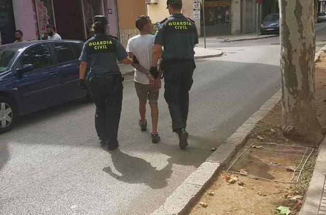 El presunto autor tiene 38 años y es de nacionalidad italiana (Foto: Guardia Civil)